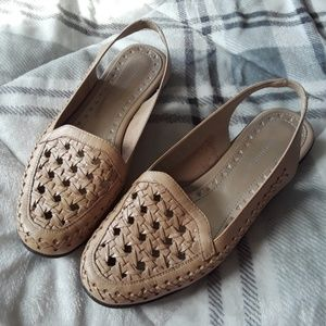 Covington Women's 7 1/2 M Cream Woven Moc Loafers
